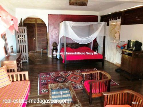 sale-villa-with-guestroom-beach-ambondrona-nosybe-6-500x375.jpg