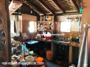 sale-villa-with-guestroom-beach-ambondrona-nosybe-9-500x375.jpg