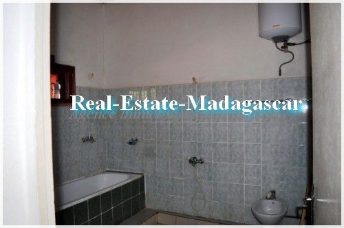 villa-residential-real-estate-madagascar-8-500x332.jpg