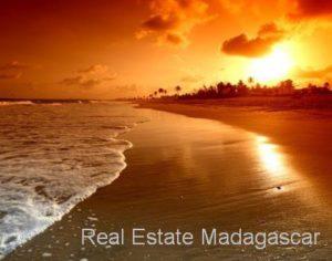 www.real-estate-madagascar.com014.jpg