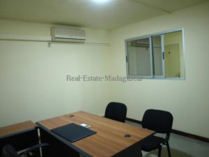 www.real-estate-madagascar.com1_-500x375.jpg