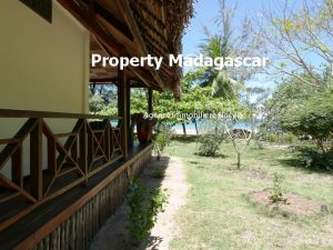 beautiful-villa-for-sale-nosy-sakatia-nosybe-11.jpg