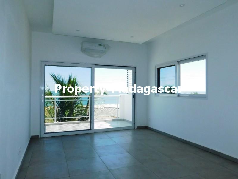 contemporary-villa-rental-Mahajanga-madagascar7.jpg