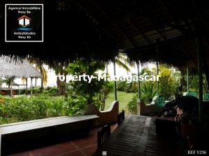 sale-three-villas-nosybe-4.jpg