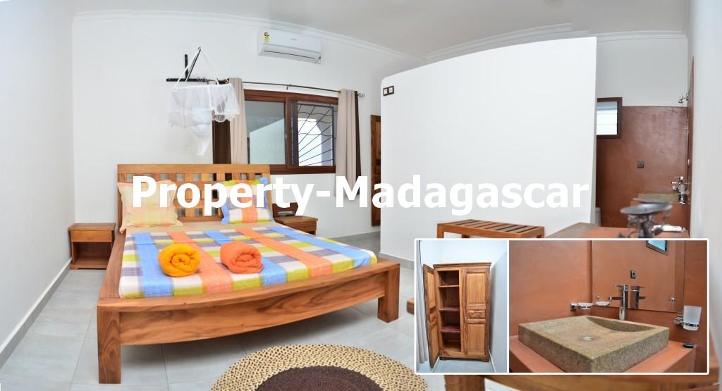 mahajanga-rental-great-villa-sea-view-impregnable-3.jpg