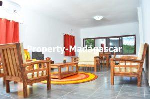 mahajanga-rental-great-villa-sea-view-impregnable-5.jpg