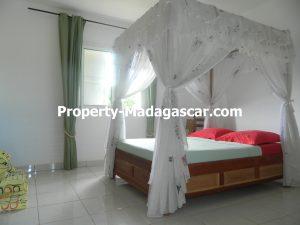 sale-two-family-house-diego-suarez-madagascar-4.JPG