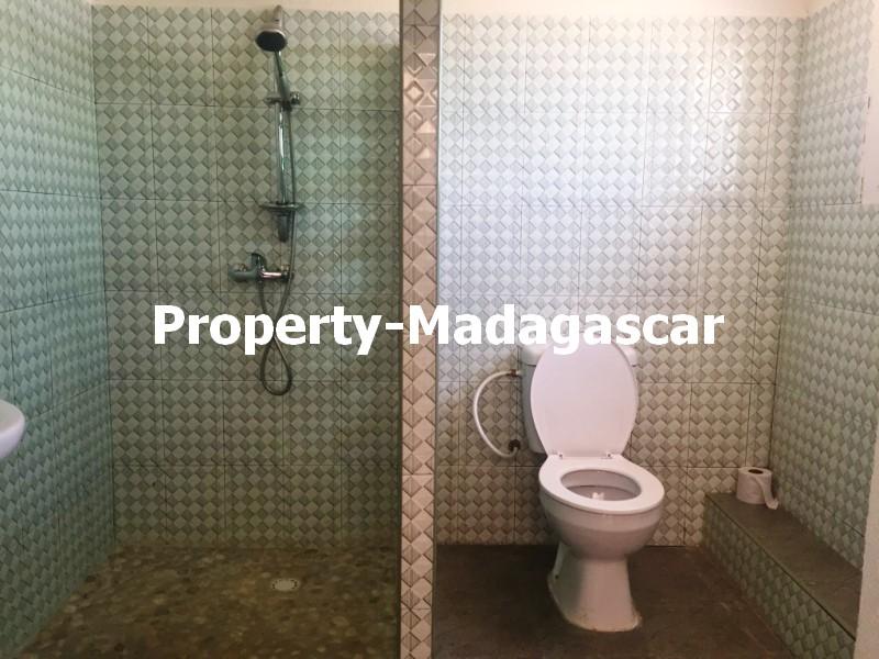 corniche-studio-rental-madagascar-5.jpg