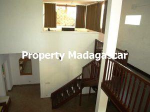 villa-for-sale-222-m²-mahajanga-madagascar-2.jpg
