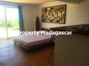 furnished-studio-rental-mahajanga-2.jpg