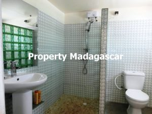 furnished-studio-rental-mahajanga-3.jpg