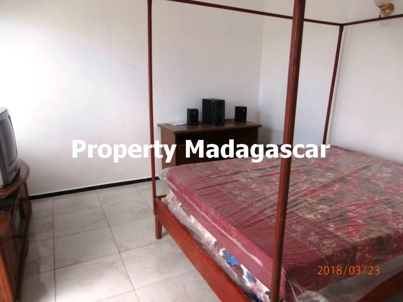 rent-t3-furnished-mahajanga-4.jpg