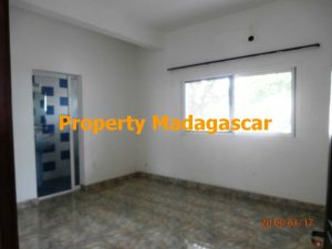 rental-apartment-t4-mahajanga-3.jpg