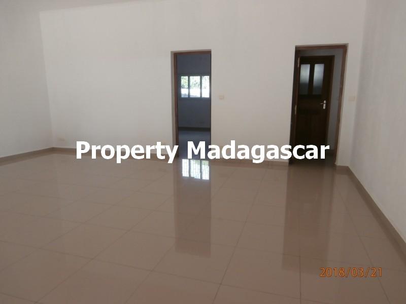 villa-rental-mahajanga-5.jpg