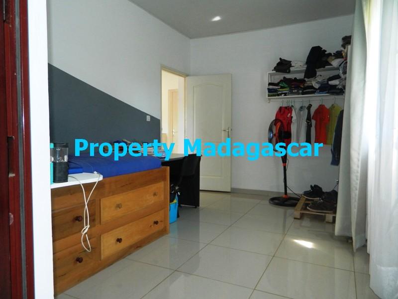rent-furnished-villa-diego-madagascar-2.JPG