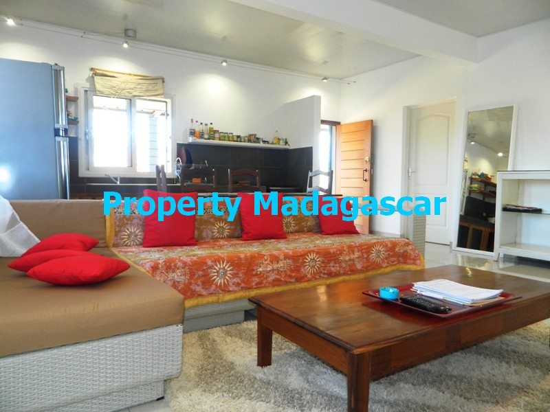 rent-furnished-villa-diego-madagascar-5.JPG