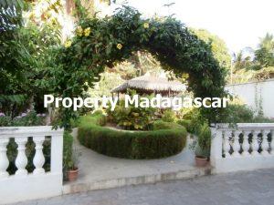 rent-big-house-mahajanga-2.jpg