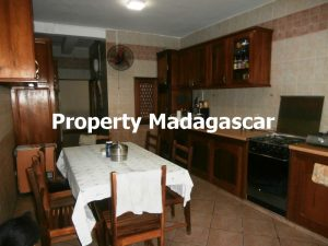 rent-big-house-mahajanga-3.jpg