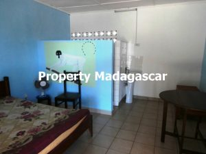 sale-house-beach-amborovy-2.jpg