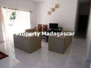 mahajanga-rent-two-apartments-2.jpg