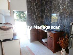 mahajanga-rent-two-apartments-3.jpg
