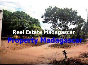 mahajanga-amborovy-land-sale-2.JPG