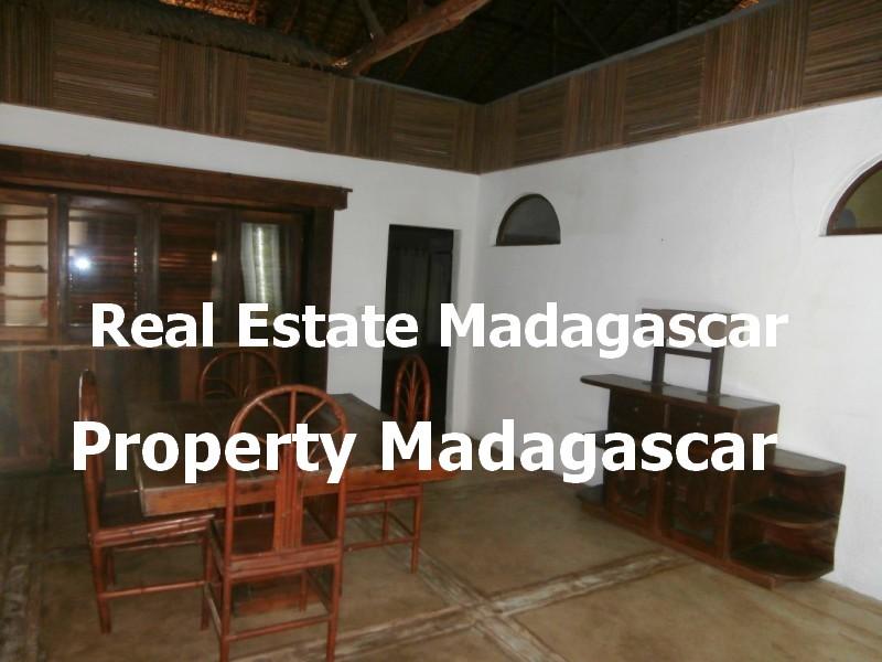 amborovy-mahajanga-villa-rental-4.jpg
