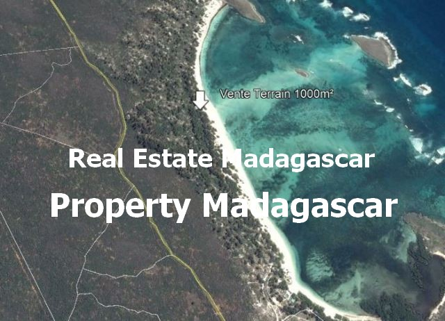 land-for-sale-1000-m²-sakalave-bay.JPG