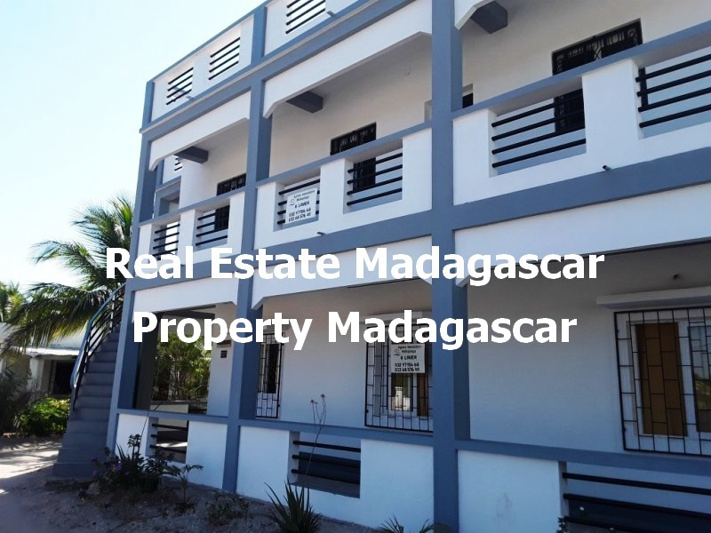 mahajanga-apartments-rentals-amborovy-1.jpg