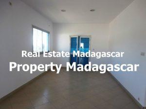 maraolala-mahajanga-rent-house-2.jpg