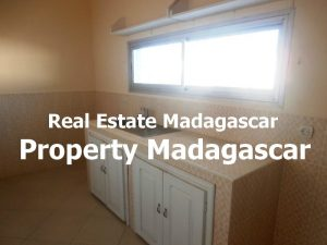 maraolala-mahajanga-rent-house-3.jpg