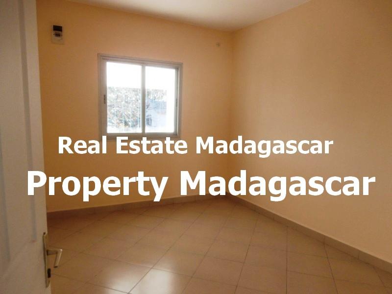 maraolala-mahajanga-rent-house-4.jpg