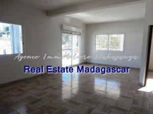 mahajanga-new-villa-sale-quiet-area-4.jpg