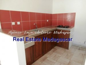 mahajanga-new-villa-sale-quiet-area-5.jpg
