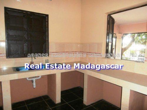mahajanga-rent-new-villa-3.jpg