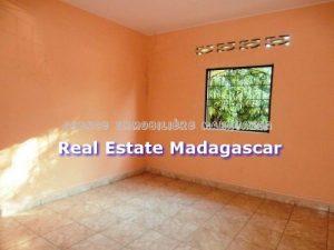 mahajanga-rent-new-villa-4.jpg