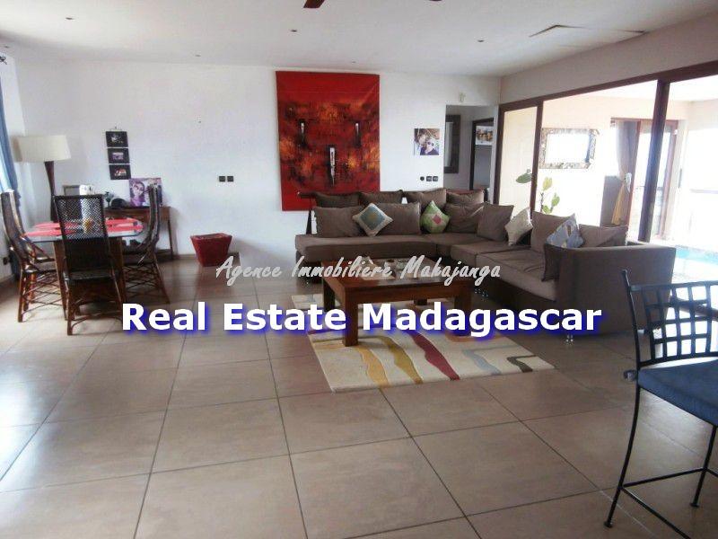 sale-mahajanga-studio-and-apartment-4.jpg
