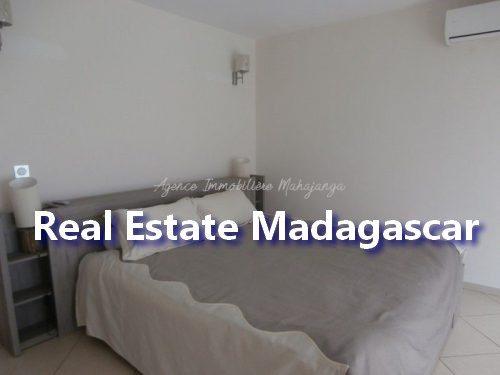 mahajanga-apartment-standing-2.jpg