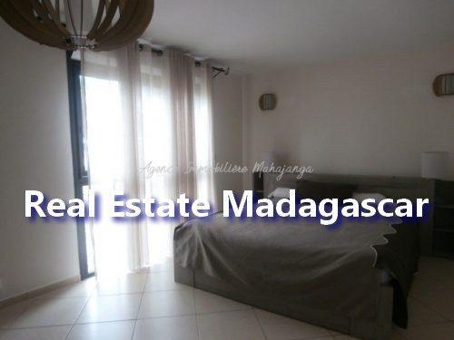 mahajanga-apartment-standing-4.jpg