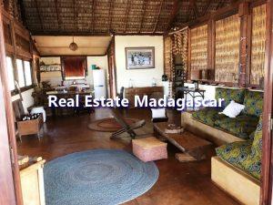 mahajanga-villa-rental-antanimalandy-2.jpg