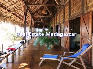 mahajanga-villa-rental-antanimalandy-3.jpg
