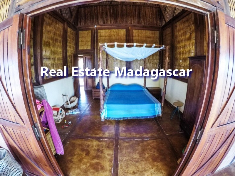 mahajanga-villa-rental-antanimalandy-5.jpg