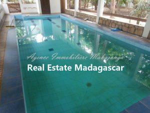 amborovy-mahajanga-villa-rental-swimming-pool-3.jpg