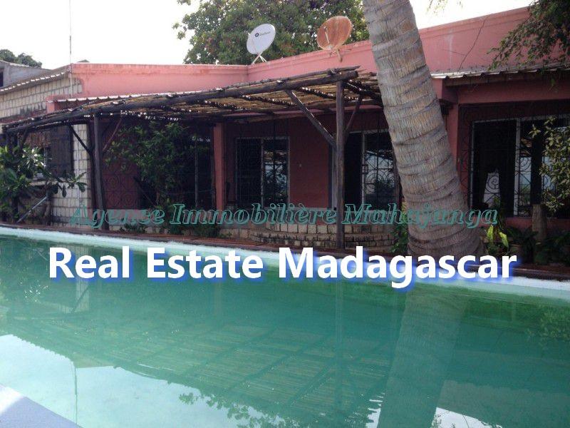 ansahabingo-mahajanga-villa-rental-1.jpg
