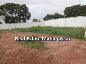 mahajanga-amborovy-land-sale-mada-2.jpg