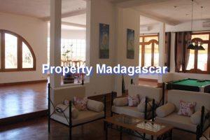 antananarivo-luxury-villa-rental-3.jpg