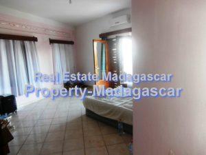 corniche-mahajanga-villa-rental-2.jpg