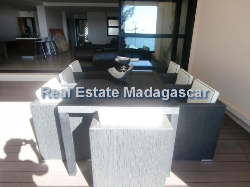 holiday-rentals-mahajanga-apartment-5.jpg