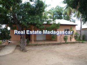 mahajanga-french-college-house-rental-1.jpg