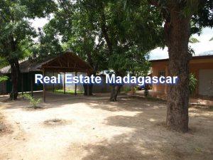 mahajanga-french-college-house-rental-4.jpg